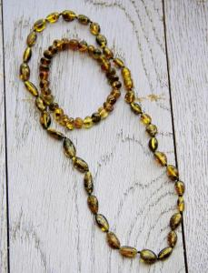Baltic Amber green necklace and bracelet set